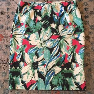 Gorgeous Karen Kane Floral Stretchy Skirt